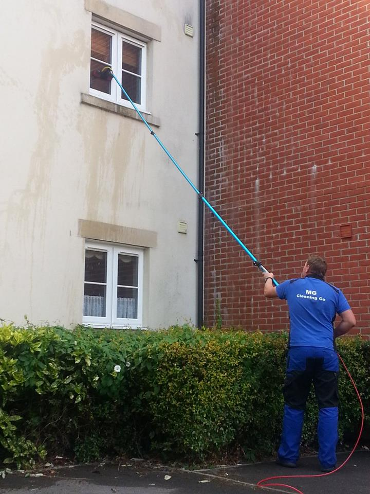 Townhouse window cleaning Staftesbury, Dorset
