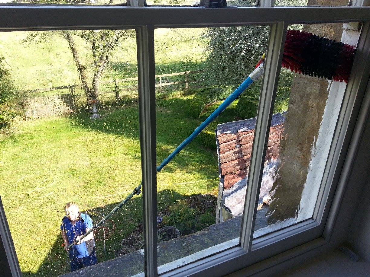 Window Cleaning Fontmell Magna